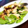 Suszona żurawina – zdrowe przekąski na jesień