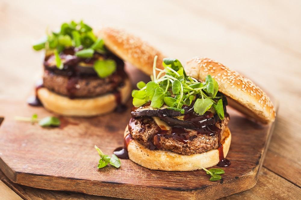 Czas na wegańskie burgery!