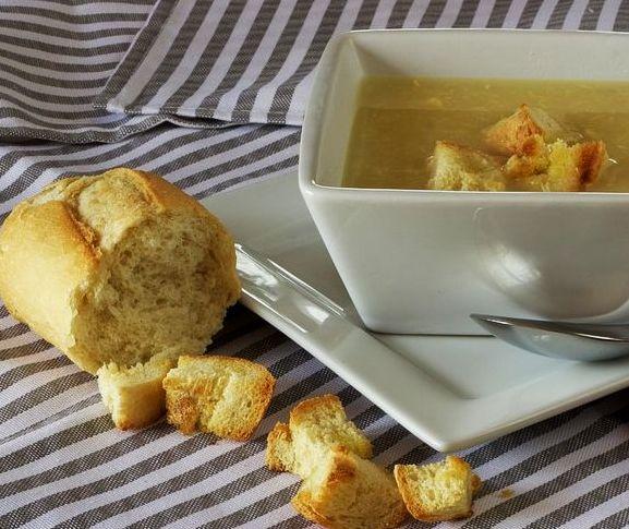 Przepis na zupę chlebową
