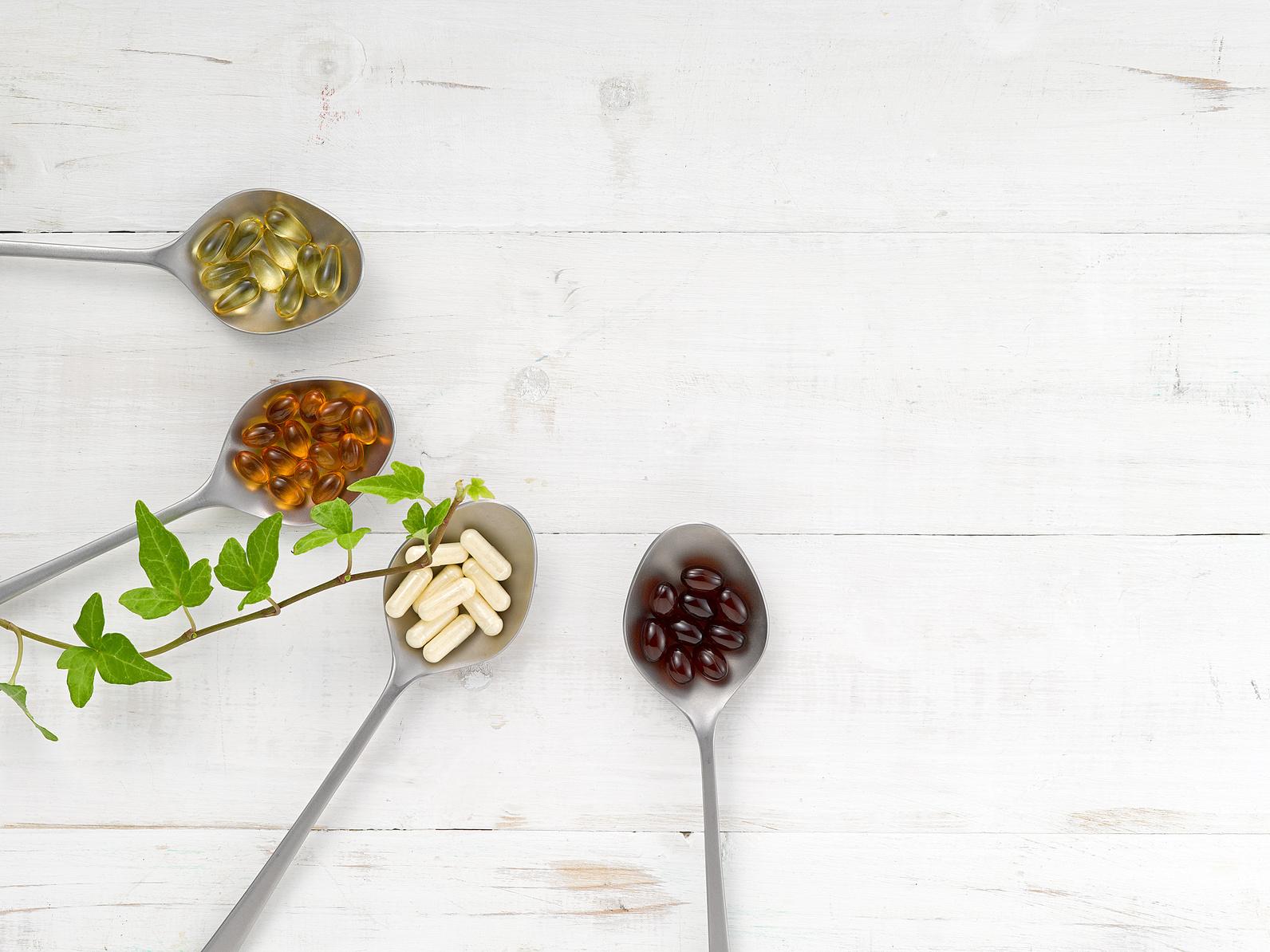 Czy zimą warto brać suplementy diety?