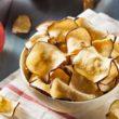 Chipsy niekoniecznie ziemniaczane – z czego przygotować chrupiące talarki?