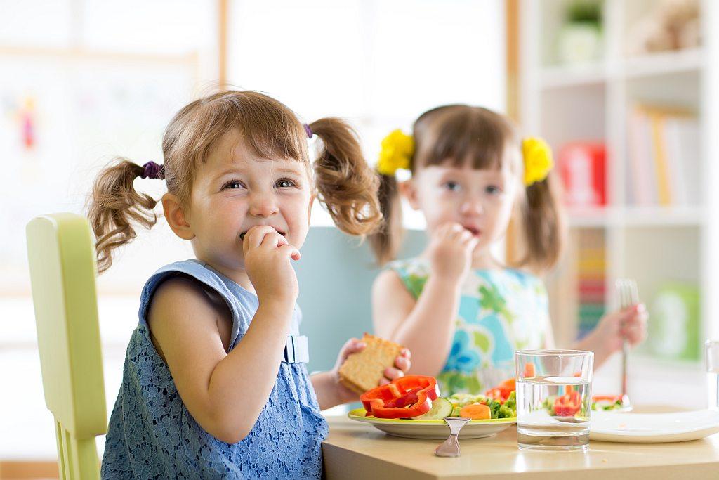 Przedszkolak może nie chorować! Zwalcz infekcje zmieniając dietę dziecka