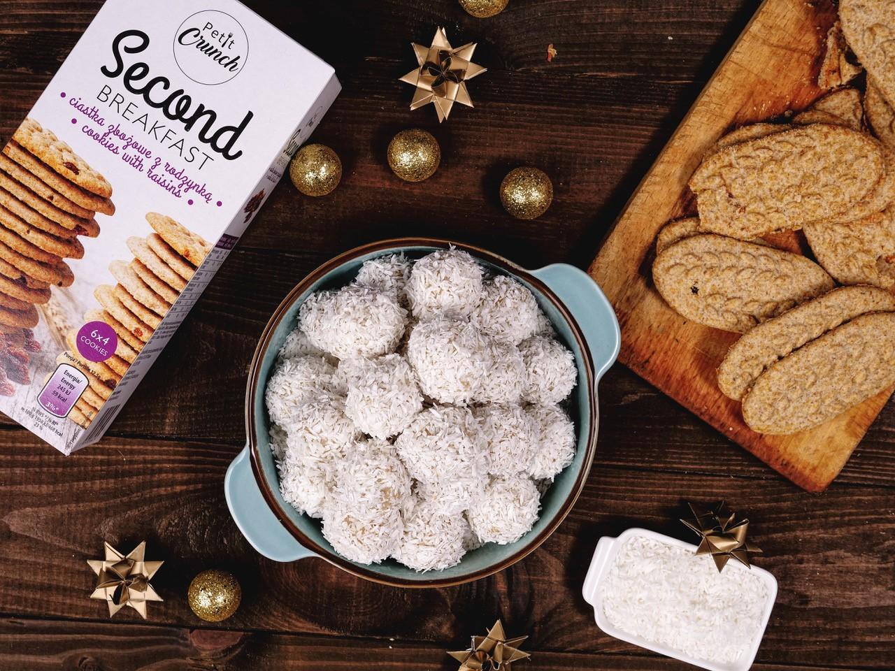 Kokosowe śnieżki z ciasteczek Petit Crunch