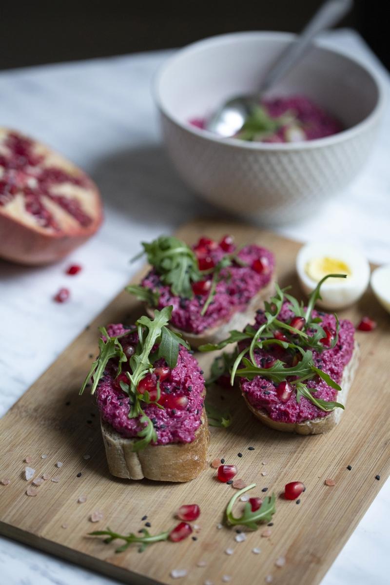 Aromatyczna pasta z buraków i pestek dyni – naturalnie smaczna propozycja dla małych i dużych smakoszy zdrowej kuchni
