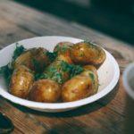 Które zioła i przyprawy pasują do ziemniaków?