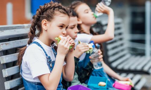 Twoje dziecko nie lubi śniadań w szkole? Sprawdź, jak to zmienić!